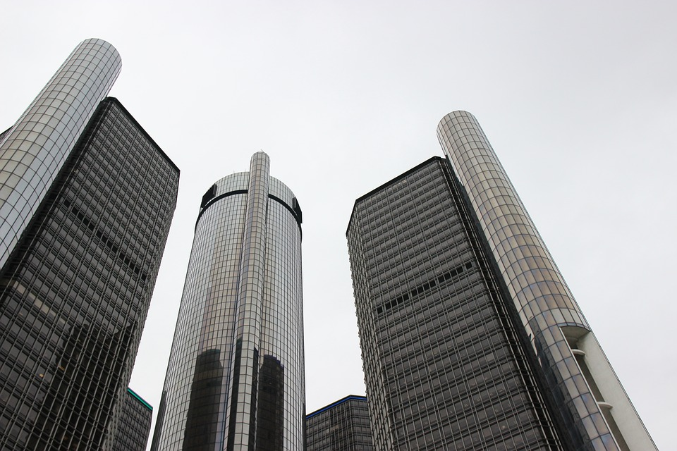 Top Former RICO Prosecutor Keith Corbett Says GM's Case Against Chrysler Tough to Prove